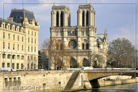 Paryż: warto było się żachnąć na fatalny pokój, by przenieść się w taką okolicę (fot. Dominika Zakrzewska, frontDESIGN.pl)